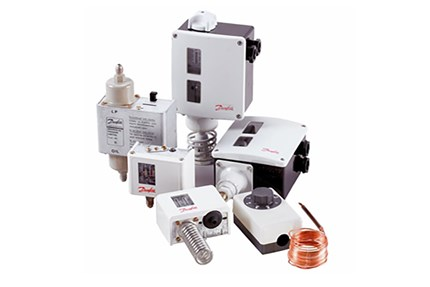 Pressure switches and Thermostats - Danfoss