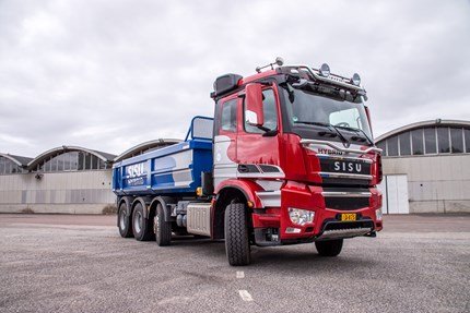 Europe's first hybrid-powered heavy truck