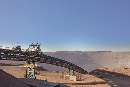Drives for conveyors in mining